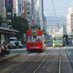 赤い路面電車 in 広島(たぶん期間限定)